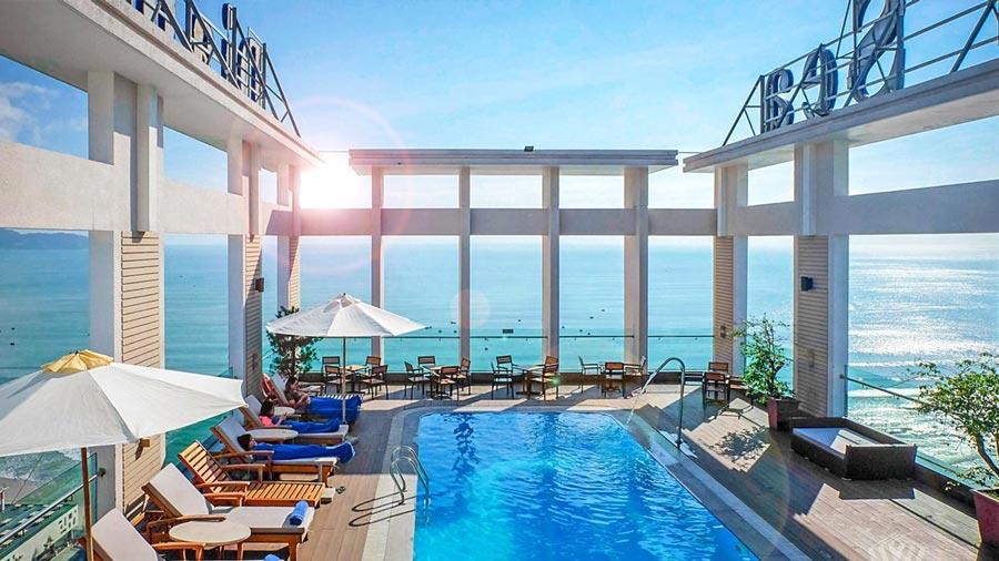 Khách sạn Diamond Sea Đà Nẵng toạ lạc vị trí đắc địa, hướng biển độc đáo