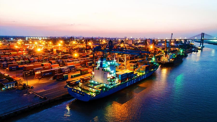 Tàu cao tốc Đình Vũ xuất phát từ cảng Đình Vũ sầm uất