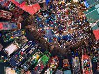 Chợ Hạ Long tấp nập người mua, kẻ bán