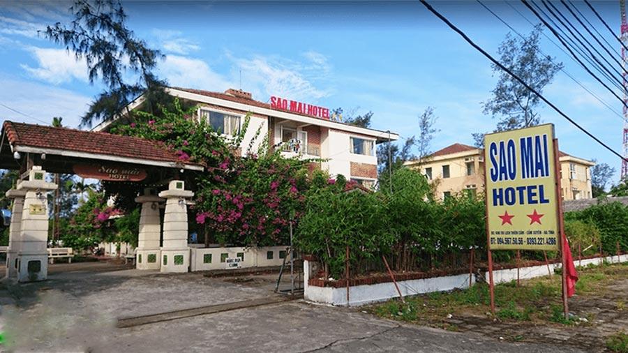 Khuôn viên khách sạn rộng rãi, thoáng mát được nhiều người yêu thích