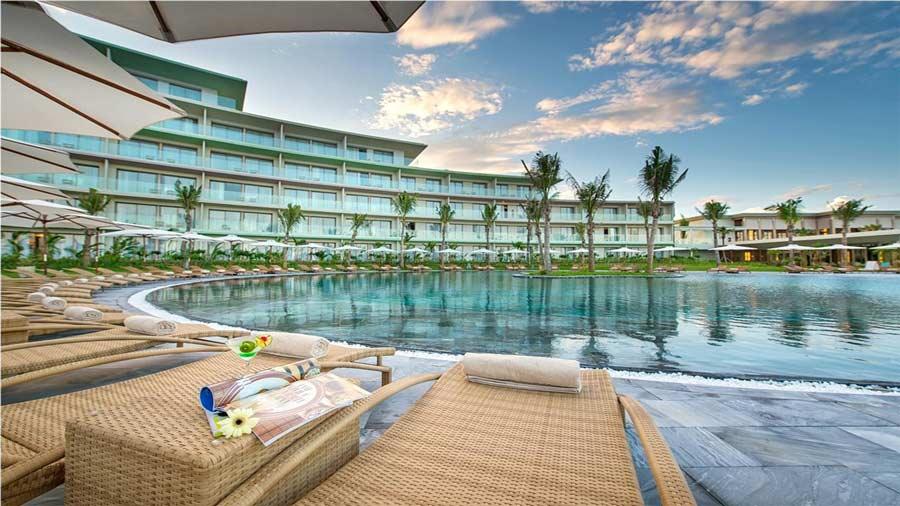 Khu vui chơi Hải Tiến trực thuộc Paracel Resort