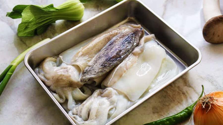 Mực được ăn ngay tại biển sẽ luôn đảm bảo độ tươi ngon, hấp dẫn nhất