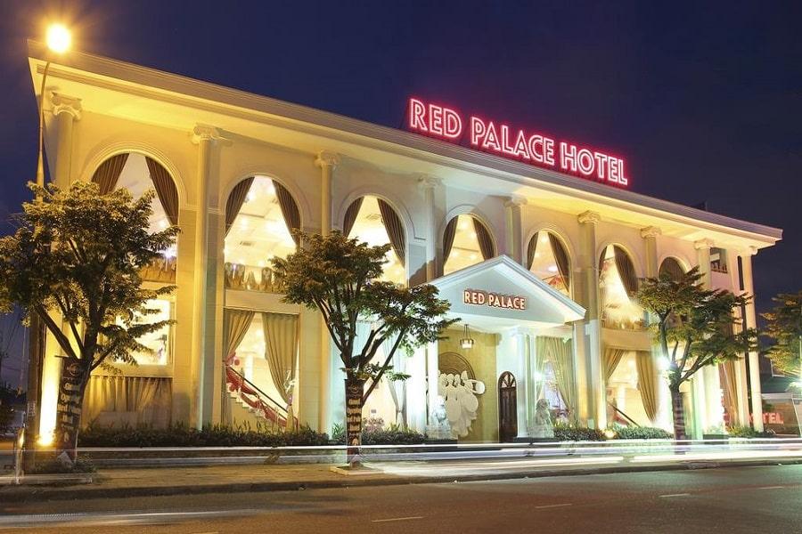 Ngoại cảnh khách sạn Red Palace Hotel