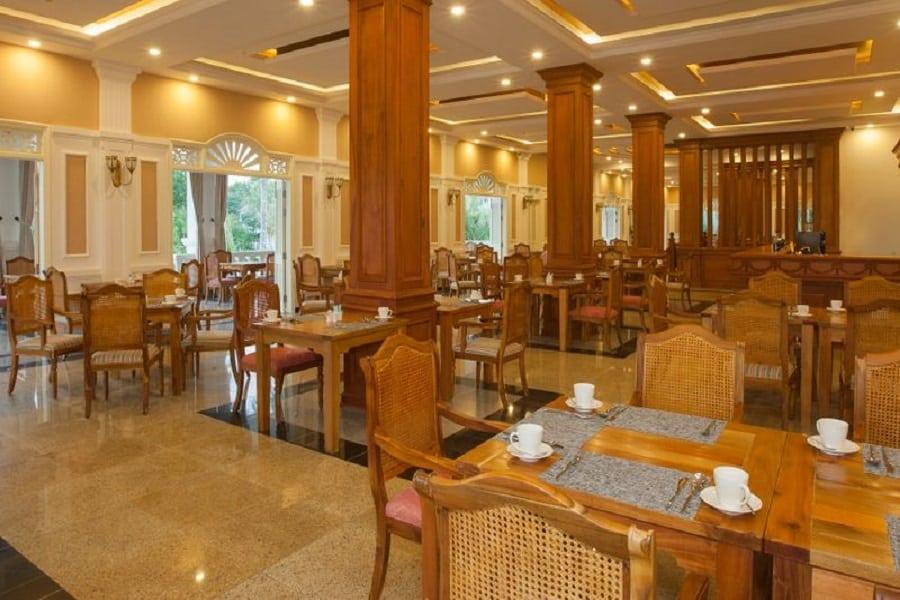 Nhà hàng Richis