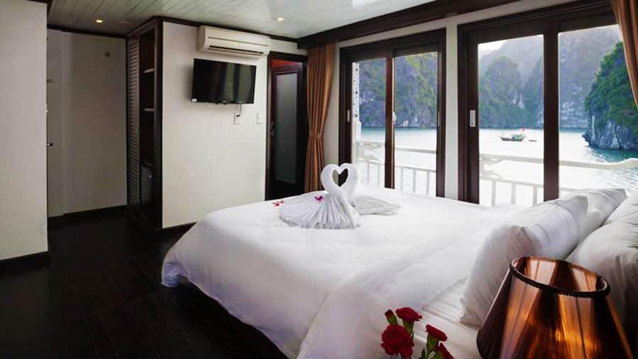 Phòng ngủ tại Aclass Stellar tiện nghi, view siêu đẹp