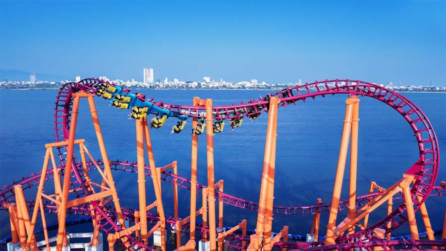 Trò tàu lượn cao tốc trên cao (Roller Coaster)