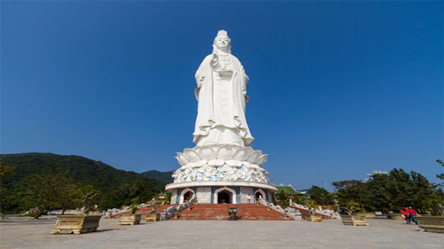Chùa được UNESCO công nhận là sở hữu tượng Quan Thế Âm Bồ Tát cao nhất Đông Nam Á.