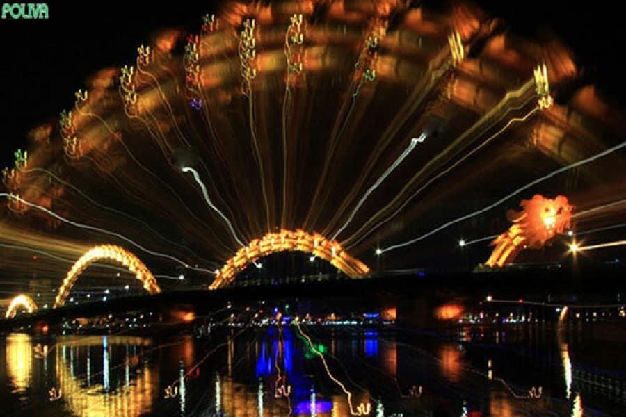 Cầu Rồng trong đêm pháo Hoa