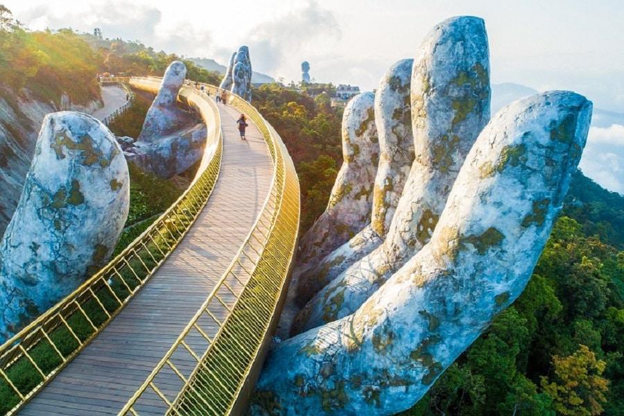 Cầu Vang một trong những biểu tưởng mới của thành phố Đà Nẵng