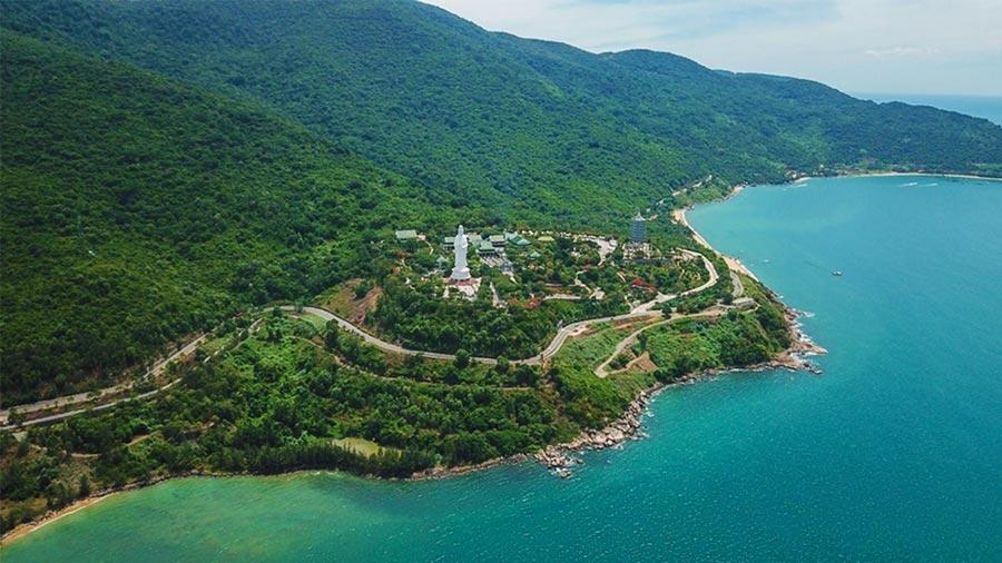 Bán đảo Sơn Trà được xem là viên ngọc quý của du lịch Đà Nẵng