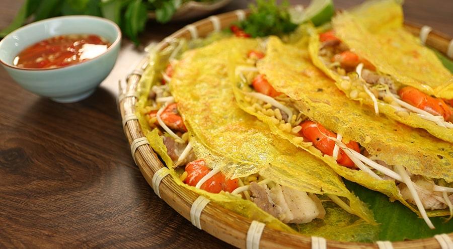 Bánh xèo - Món ăn vặt Đà Nẵng hấp dẫn