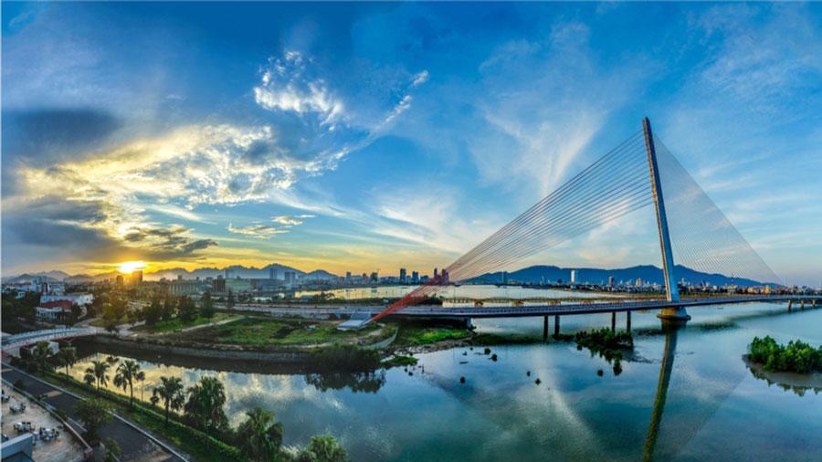 Cầu Trần Thị Lý - Cây cầu dây văng huyền ảo nhất trên sông Hàn