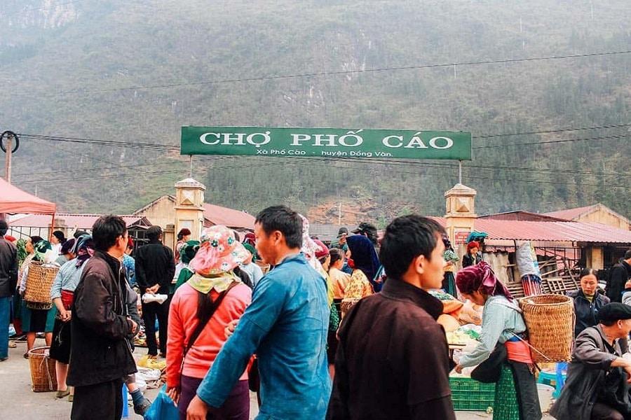 Một buổi chợ phiên Phố Cáo Hà Giang