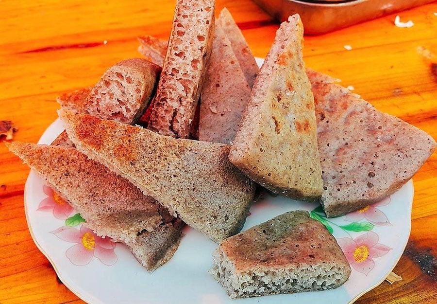 Bánh tam giác mạch rất mềm và xốp