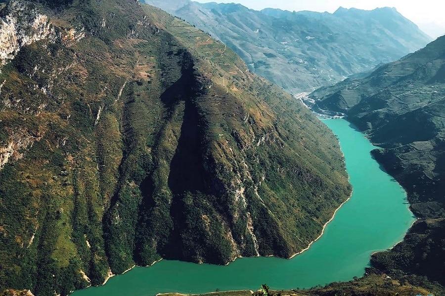 Sông Nho Quế Hà Giang – thả hồn vào dòng nước êm ả