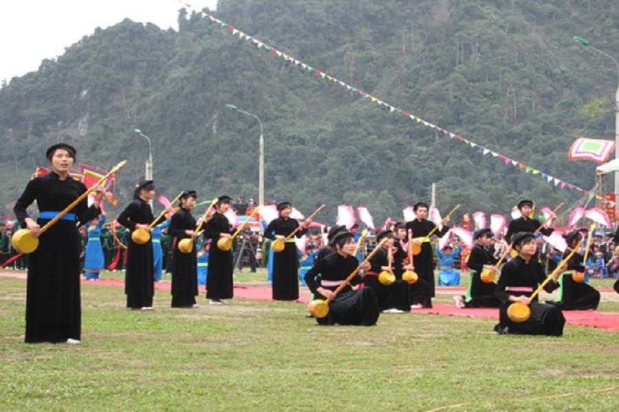 Lễ hội Lồng Tồng