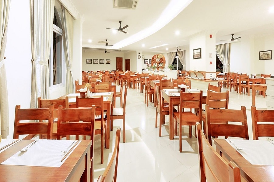 Nhà hàng Boulevard