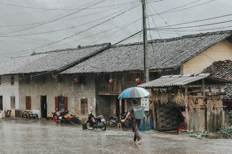 Thị trấn Phó Bảng vào ngày mưa