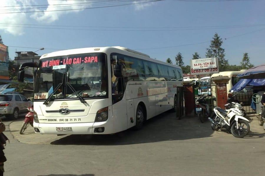 Xe khách Hà Nội - Lào Cai của nhà xe Hải Vân