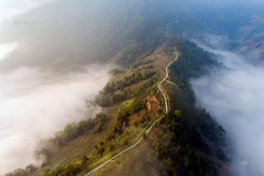 Chinh phụ đỉnh Chiêu Lầu Thi - một kiệt tác của thiên nhiên