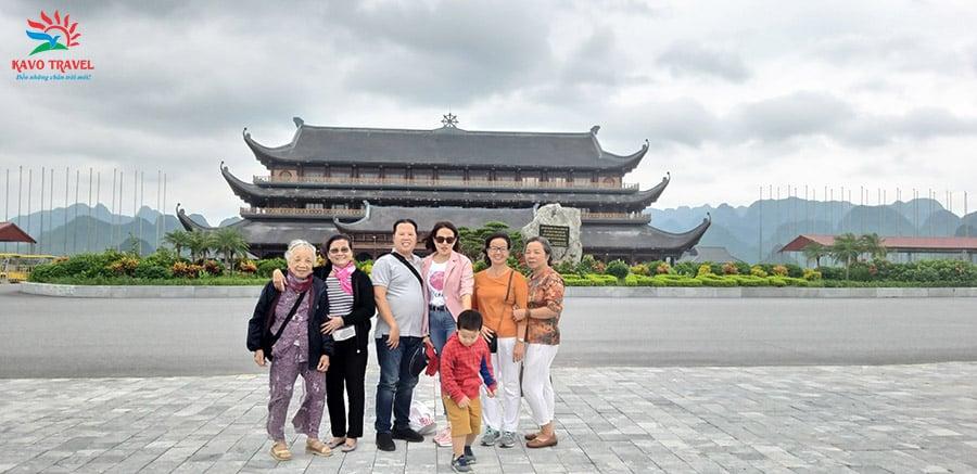 Gia đình chị Khánh du lịch Tam Chúc, Tràng An