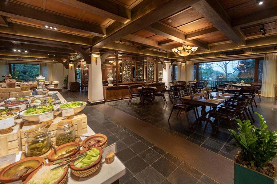 Các nhà hàng sang trọng trong khu nghỉ dưỡng Melia Ba Vì