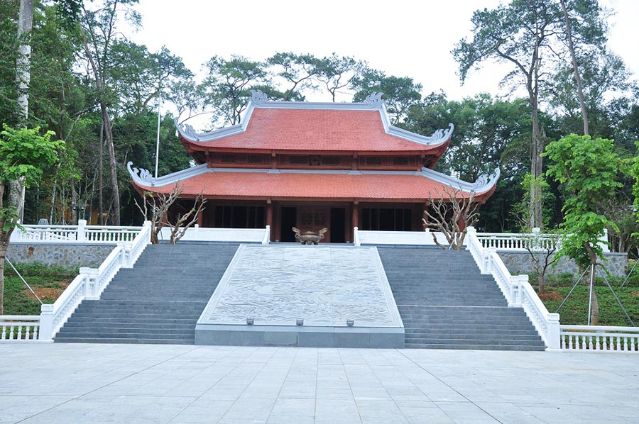 Nhà tưởng niệm Hồ Chí Minh tại K9 Ba Vì