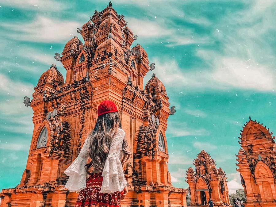 Du khách sống ảo cực chất tại làng Văn Hóa