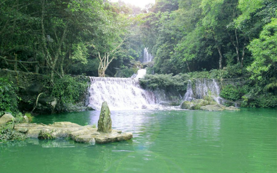 Khoang xanh Suối Tiên Ba Vì - điểm du lịch bạn nên ghé thăm khi du lịch Ba Vì bằng xe bus