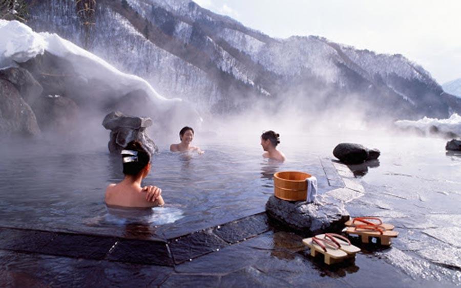 Một số lưu ý khi tắm suối nước nóng tại Ba Vì