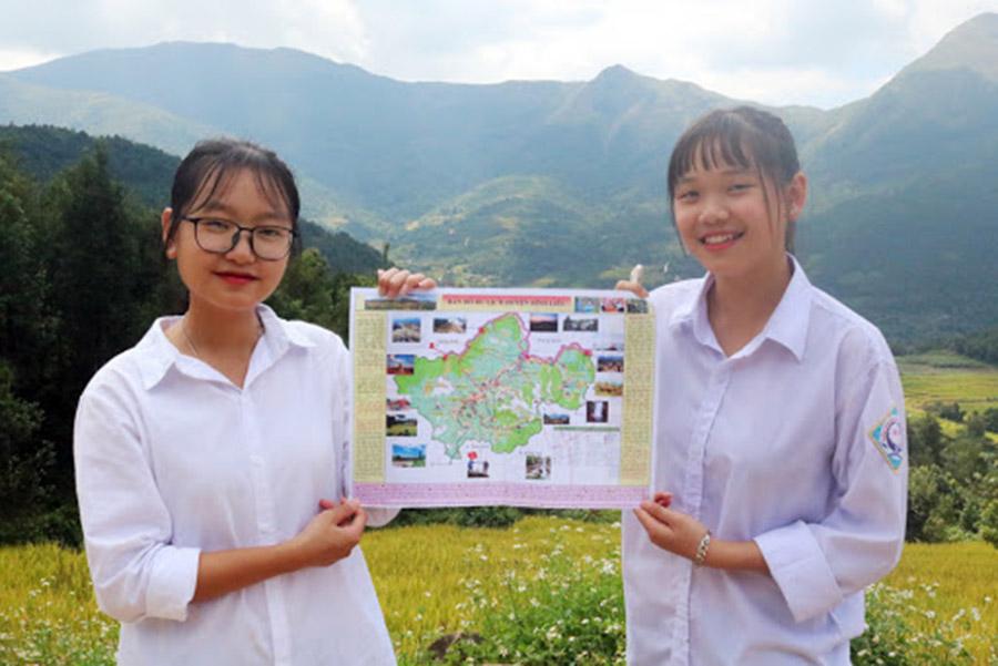 Hai em học sinh đã đưa ra mô hình bản đồ du lịch Bình Liêu được sử dụng rộng rãi hiện nay
