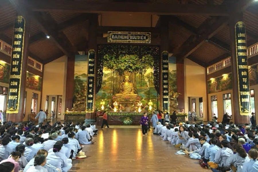 Chính điện của Thiền viện trúc lâm Phượng Hoàng
