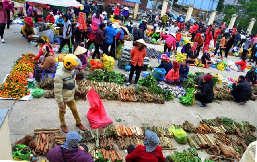 Chợ Đồng Văn Bình Liêu
