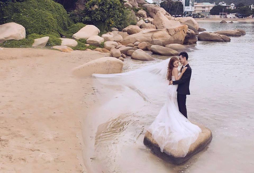 Chụp ảnh cưới tại bãi biển