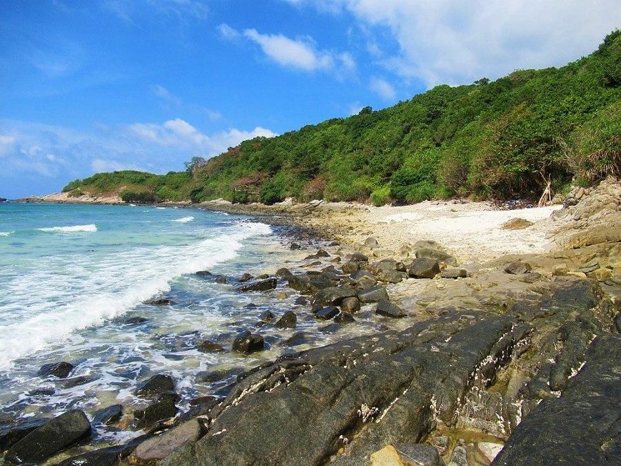 Bãi biển Đất Dốc