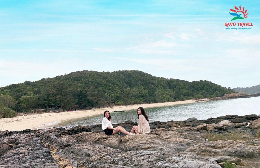 Đảo Đông Nam đẹp như một bức tranh thủy mặc