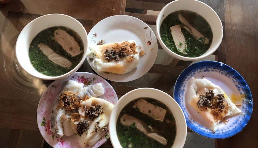 Bánh cuốn phố cổ Đồng Văn.