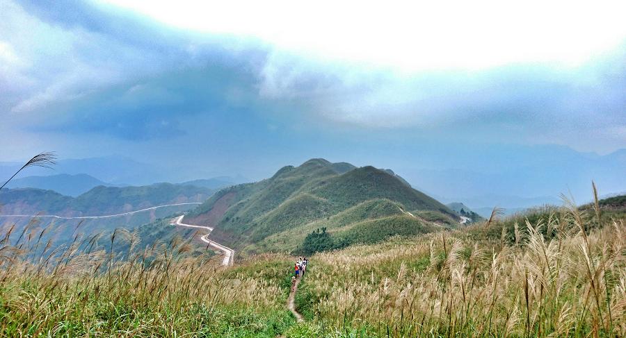 Đường tuần tra biên giới Bình Liêu