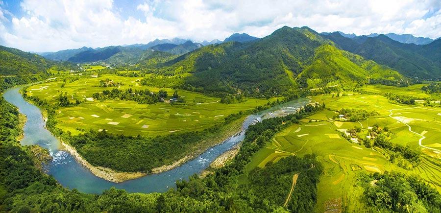 Bình Liêu là một huyện miền núi của tỉnh Quảng Ninh với vẻ đẹp thiên nhiên ấn tượng