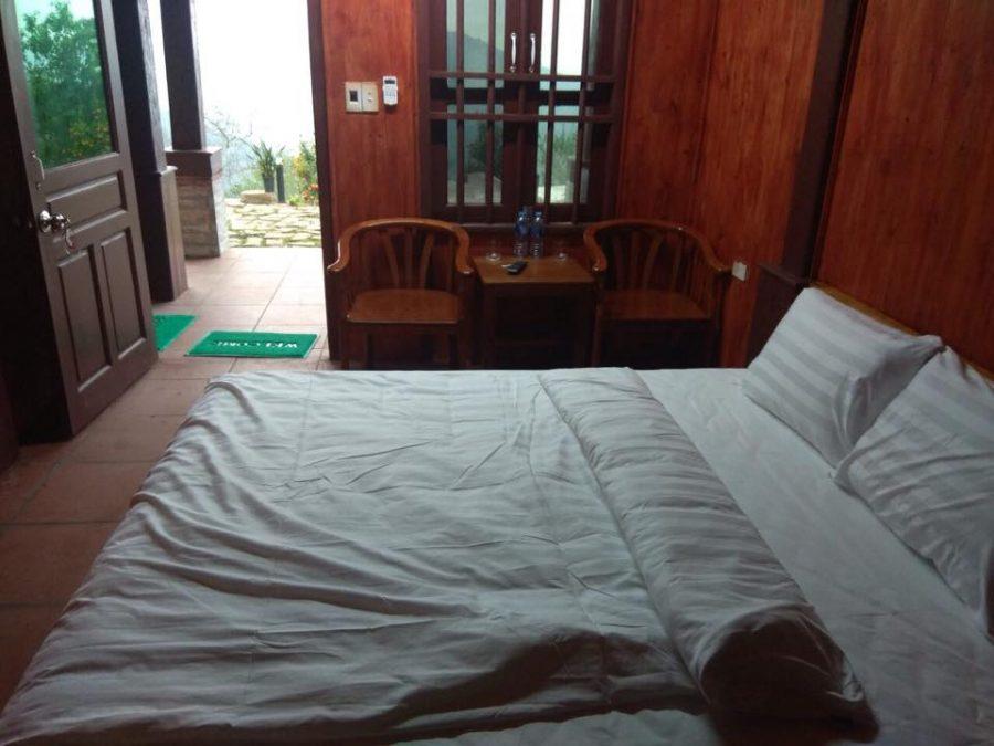 Phòng trong Homestay Sông Moóc