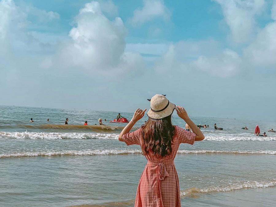 Thời điểm thích hợp du lịch biển Hải Tiến