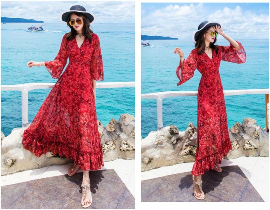 Chọn những chiếc váy maxi rực rỡ dưới ánh nắng biển.