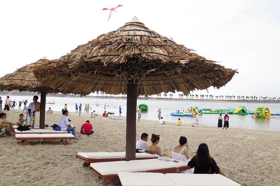 Đến Đồ Sơn tắm biển vào mùa Hè là một trải nghiệm tuyệt vời
