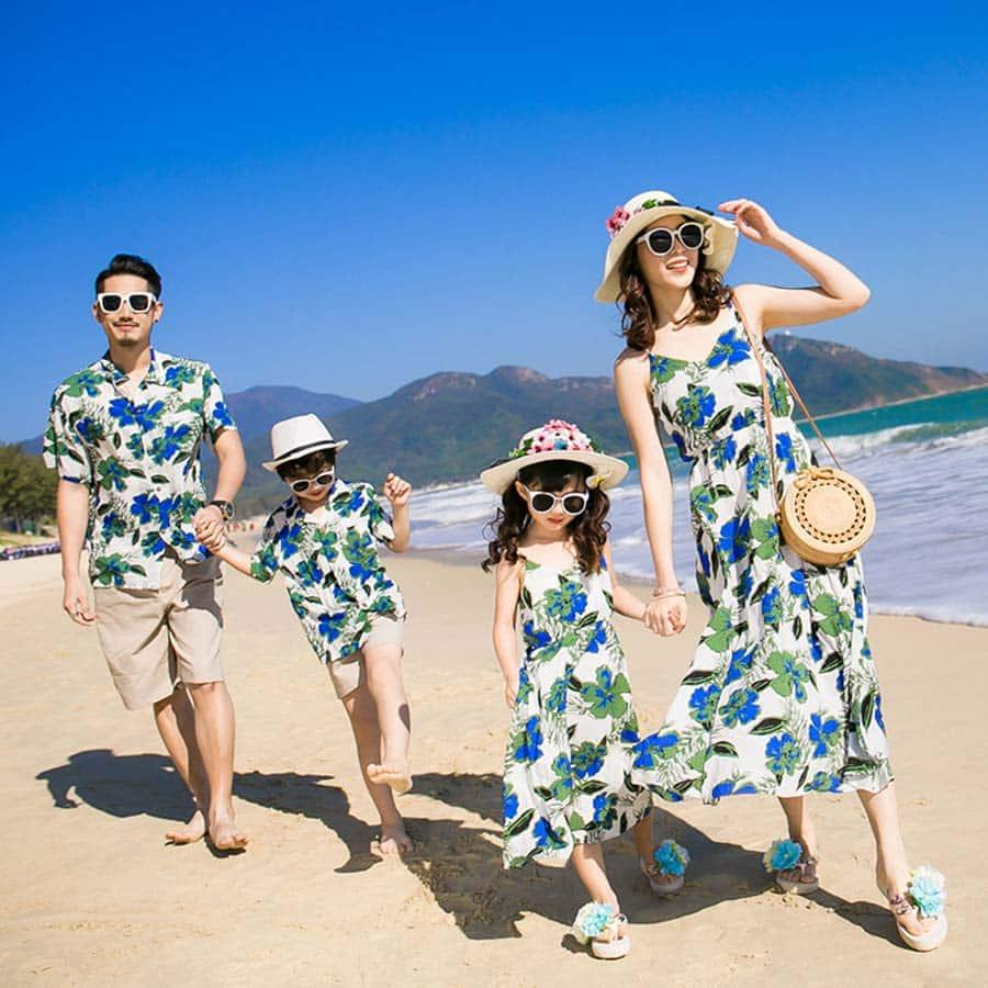Họa tiết trang phục mang đậm phong cách Tropical dành cho hội nhóm, gia đình