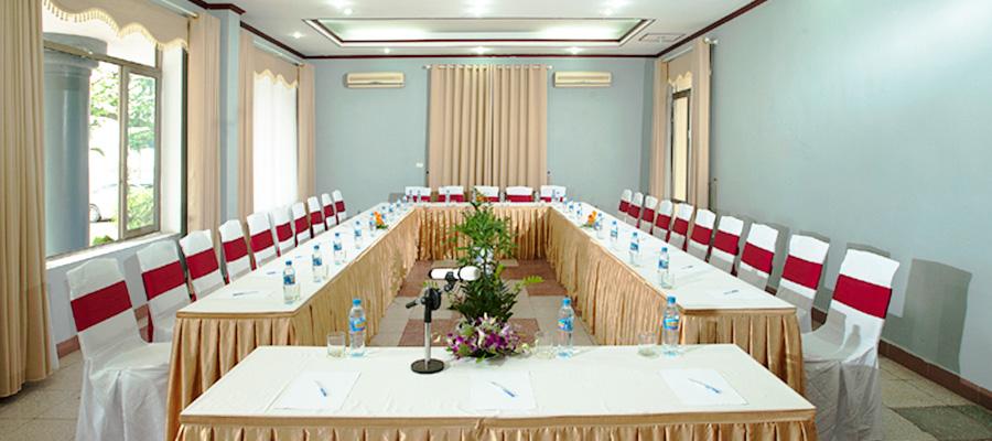 Hội trường 20 - 40 người tại khách sạn Hoa Phượng Đồ Sơn.