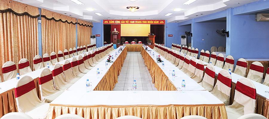 Hội trường 80 - 100 người tại khách sạn Hoa Phượng Đồ Sơn.