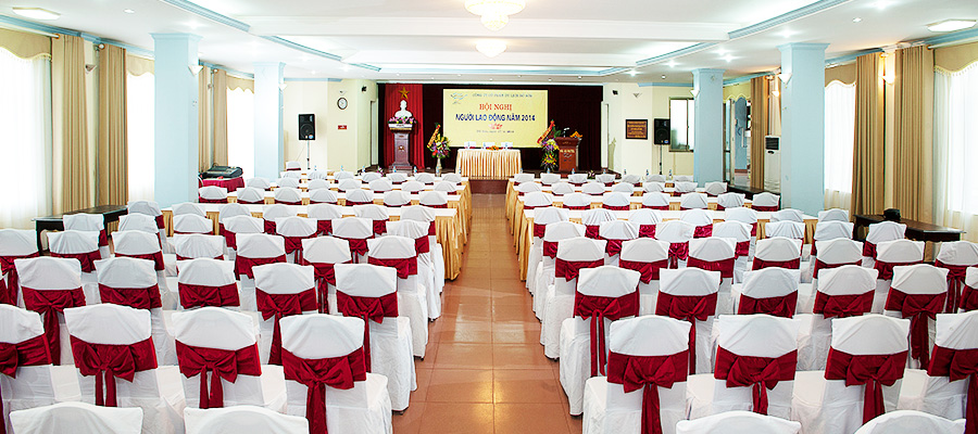 Hội trường 200 - 400 người tại khách sạn Hoa Phượng Đồ Sơn.