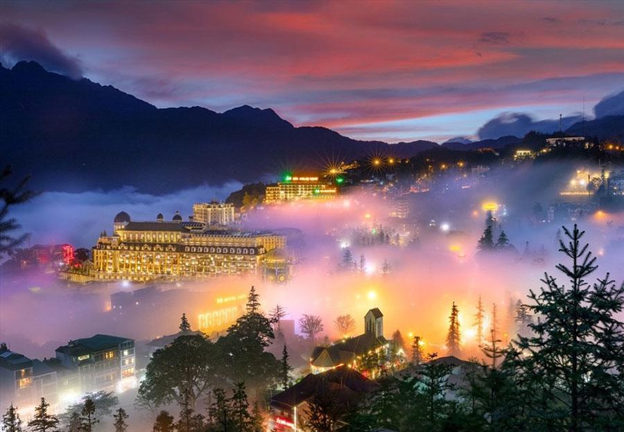 Sa Pa thơ mộng trong màn sương tạo nên cảnh sắc tuyệt vời