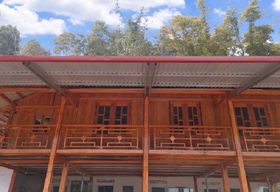 Homestay Ngọc Thúy được xây dựng hoàn toàn bằng gỗ