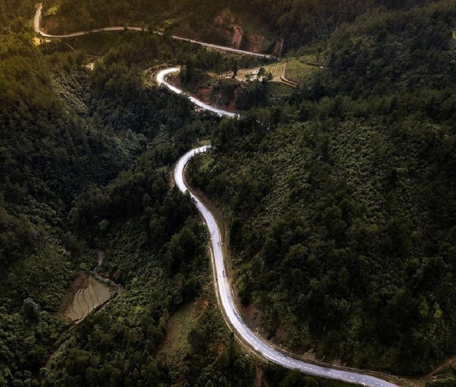 """Đèo Khau Phạ có nghĩa đen là """"chiếc sừng của bầu trời"""""""